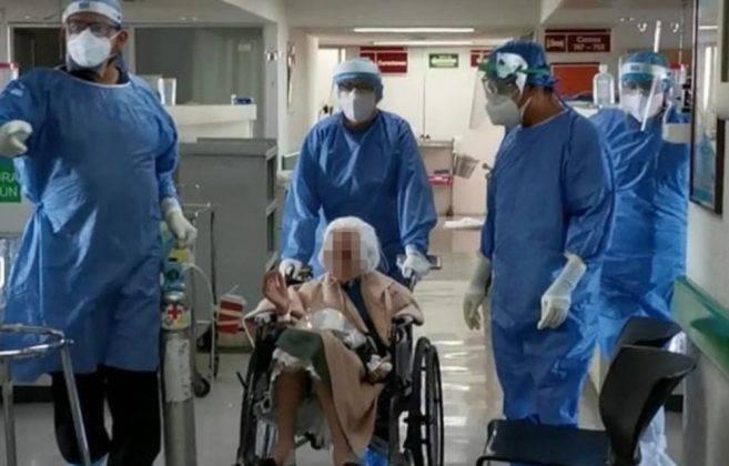abuelita-mujer-103-anos-alta-imss-657x420