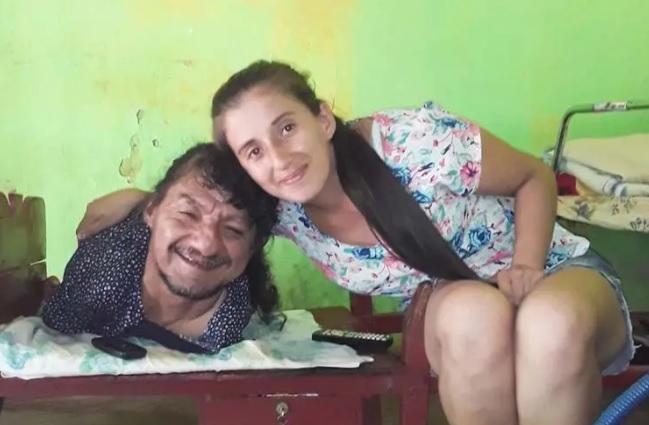 Somos-noticia-tucuman-facebook-papa-hijas-disca